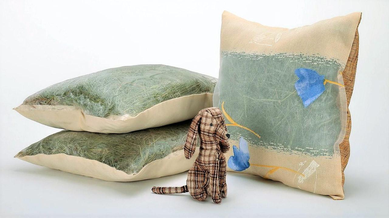 Чем наполнить или набить подушку на даче